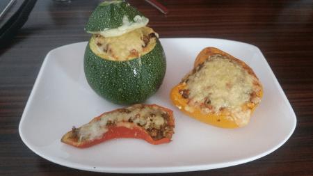 gefülltes Gemüse - fertiges Gericht