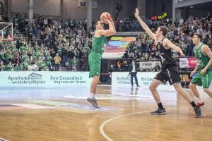 Kyle Dranginis der RÖMERSTROM Gladiators Trier gegen Rasta Vechta