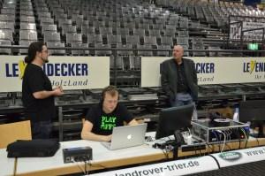 Das Team vom Stream: David Vilter, Chris Schmidt, Tom Jarosch. Foto: 5vier.de / Manuel Maus