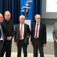 Prof. Dr. Norbert Lammert, Bundestagspräsident a.D. und Dr. Stephan Ackermann, Bischof von Trier, standen am 01.07.2019 im Blickpunkt. Foto: V. Anton