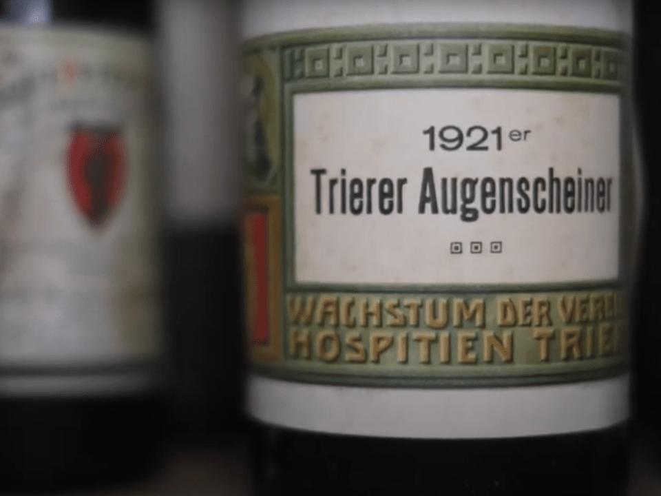 Alte Weinflaschen von Trierer Weingütern