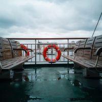 In stürmischen Zeiten das Familienschiff über Wasser halten. Foto: pexels