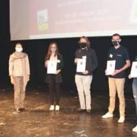"""Studentisches Team der Hochschule Trier im Wettbewerb """"Plastik 4.0 – Neue Medien gegen Plastikmüll"""" ausgezeichnet"""