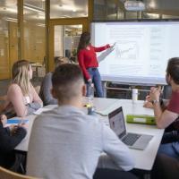 Spitzenplätze für das Masterstudium in Wirtschaftswissenschaften