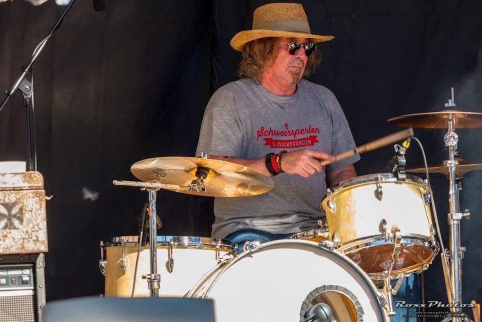 Alois Kramp spielt auch aktiv in einer Band