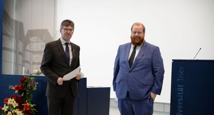 Universitätspräsident Prof. Dr. Michael Jäckel und Kulturdezernent Trier Markus Nöhl. Bildquelle: Universität Trier