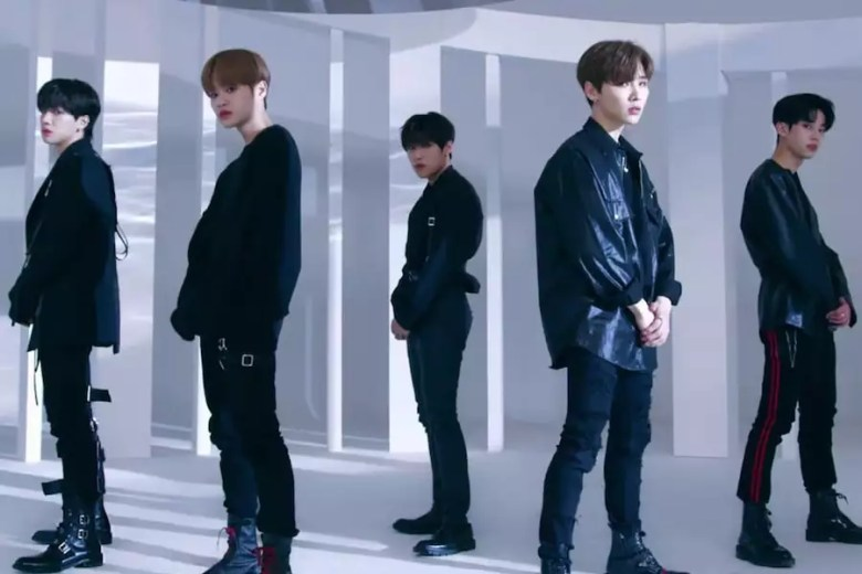 "Watch: AB6IX Announces Debut Date With ""Hollywood"" Performance MV"