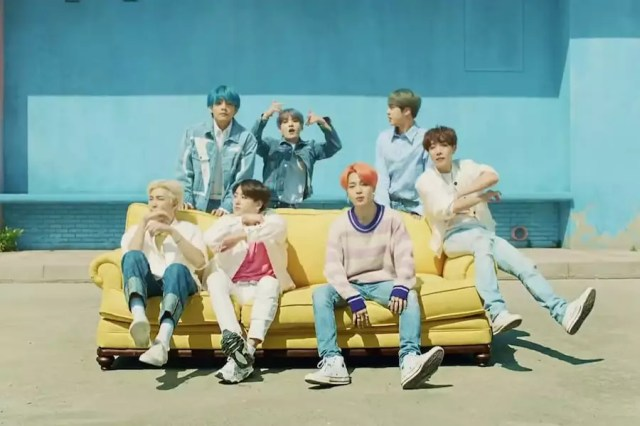 """BTS's """"Boy With Luv"""" Becomes Fastest Korean Boy Group MV To Hit 200 Million Views"""