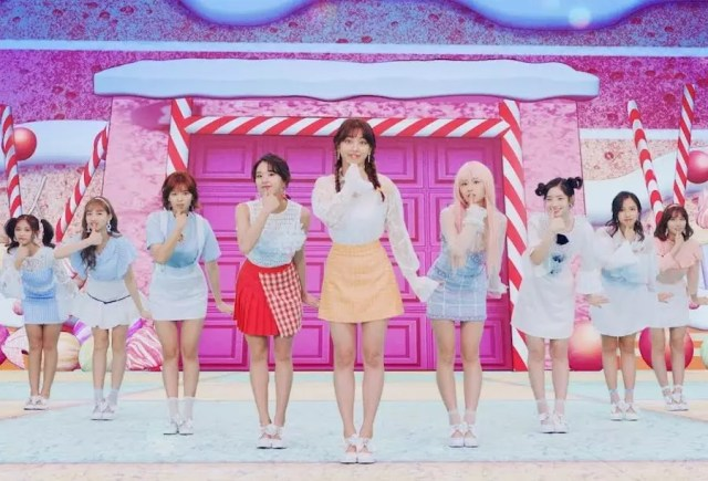 """TWICE's """"Candy Pop"""" Becomes Their 1st Japanese MV To Hit 100 Million Views"""