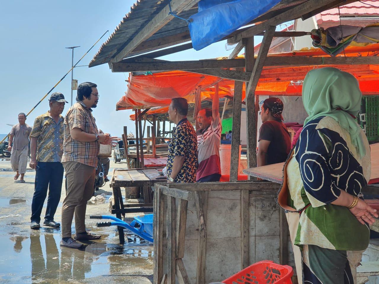 Reses, Erwin Ismail Kunjungi Tempat Pelelangan Ikan
