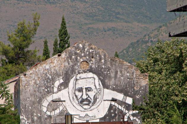 Big mural in Mostar- an astronaut maybe?
