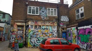 street-art-london-eastend-111128
