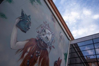 Fantastic mural found in an alley in Toulouse