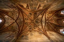 I just can't get enough of these vaulted at painted ceilings of the French churches; Coouvents des Jacobins, Toulouse.