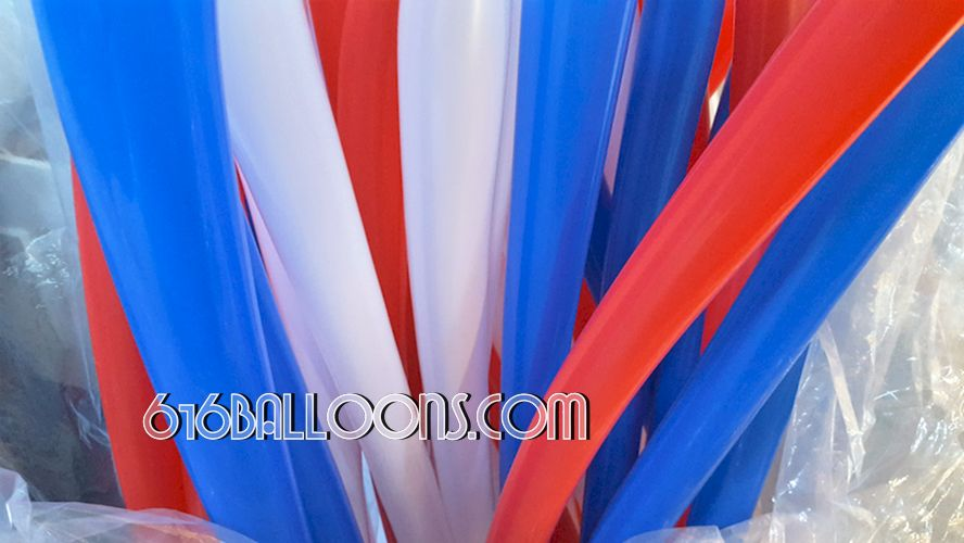 Firework column at Grand Rapids Public Museum by 616 Balloons Grand Rapids, Michigan. Premium balloon art & decor. Corporate events, private parties..