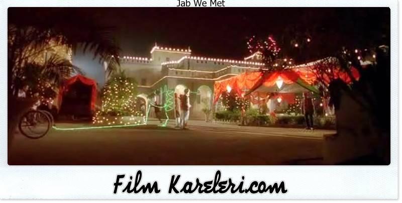 Jab We Met,2007,Hindistan,Imtiaz Ali, Shahid Kapur,Aditya Kashyap,Shahid Kapoor,Kareena Kapoor,Geet Dhillon,