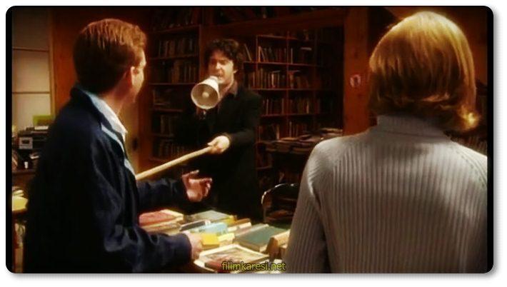 Black Books,Dylan Moran,Bill Bailey,Tamsin Greig,Rosie Day,2000,İngiltere,Bernard,Manny,Fran,Rachel,Bernard Black,