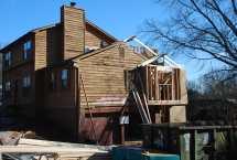 Roof framing started over Master Bath/Closet addition