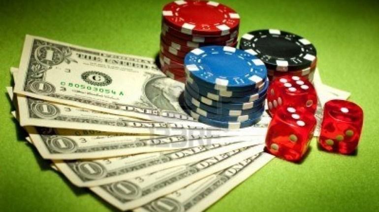 Как заработать денег на онлайн казино игровые автоматы ешки кубики