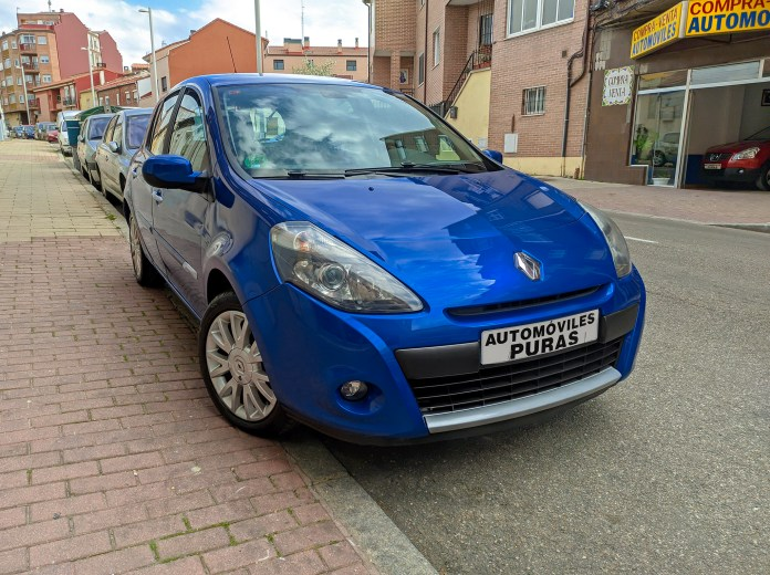 Renault Clio 16v Explore Tumblr Posts And Blogs Tumgir