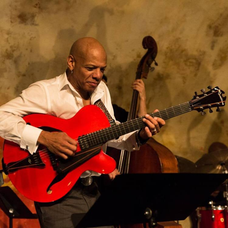 """Marchione Guitars — Mark Whitfield on tour with his Marchione 16""""..."""