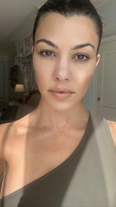 Kardashians BR News — Kourtney Kardashian via Instagram ...