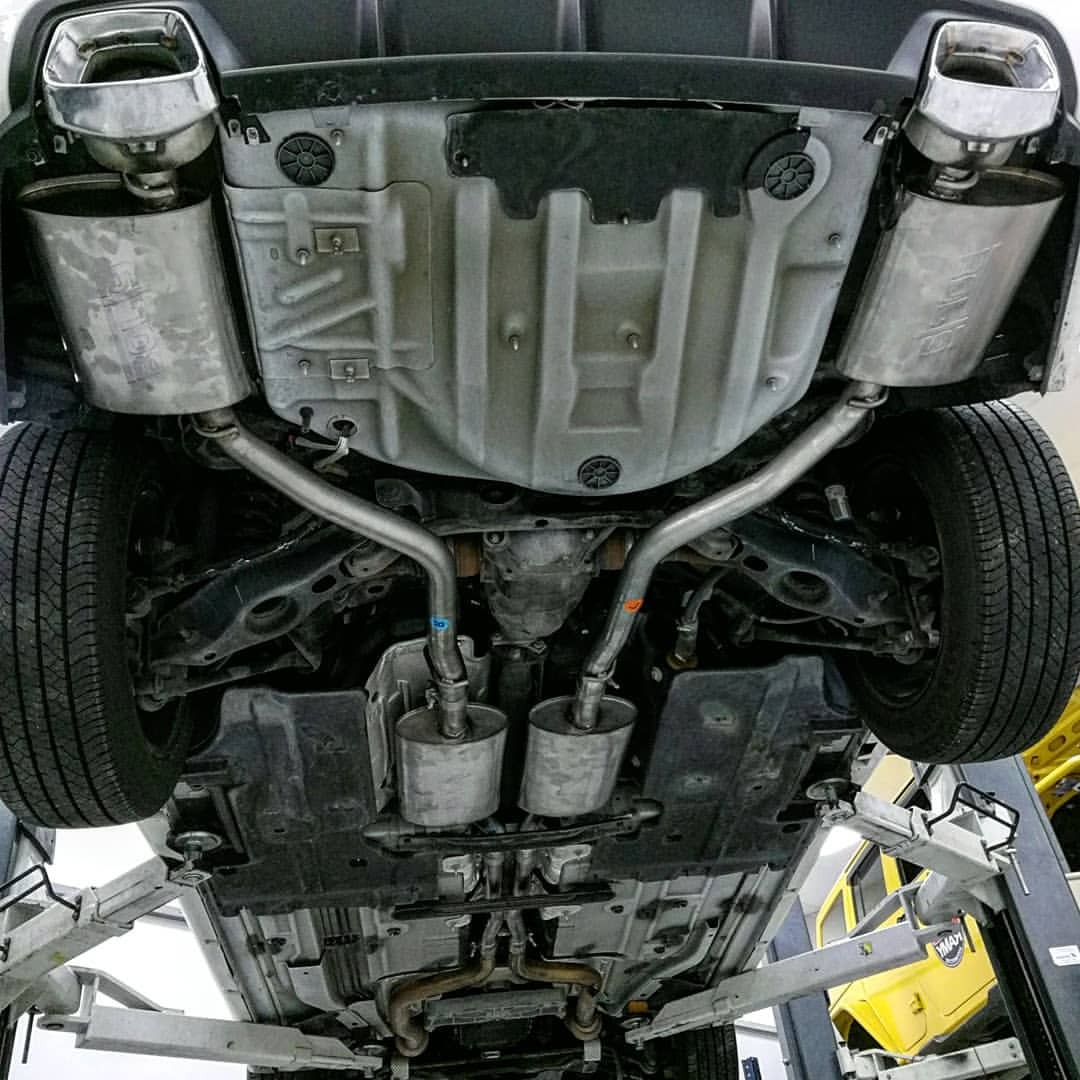 borla exhaust for a dodge charger 3 6l