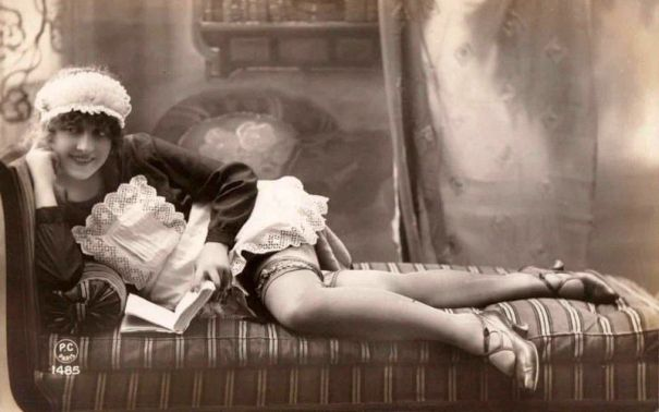 7884b48150 Vintage saucy maids: 32 cool pics of naughty flappers from the ...