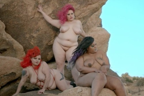 """courtneytrouble: """"still from RUB by Peaches (w/ courtney trouble, april flores, cinnamon maxxine) """""""