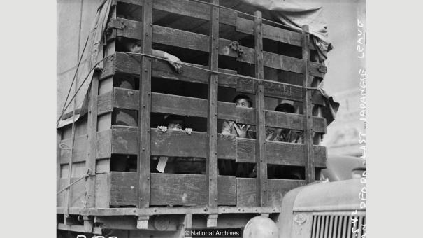 Japanese American Children Being Transported T History
