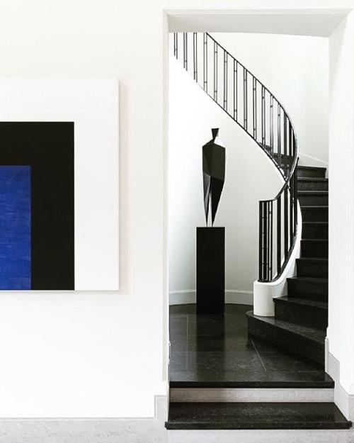 tumblr_ojtm1wIKq81qfzymao1_500 just-good-design:The perfect Xavier Veilhan sculpture, interior... Contemporary