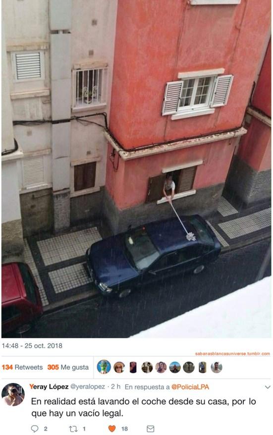 Prohibido lavar el coche en la calle