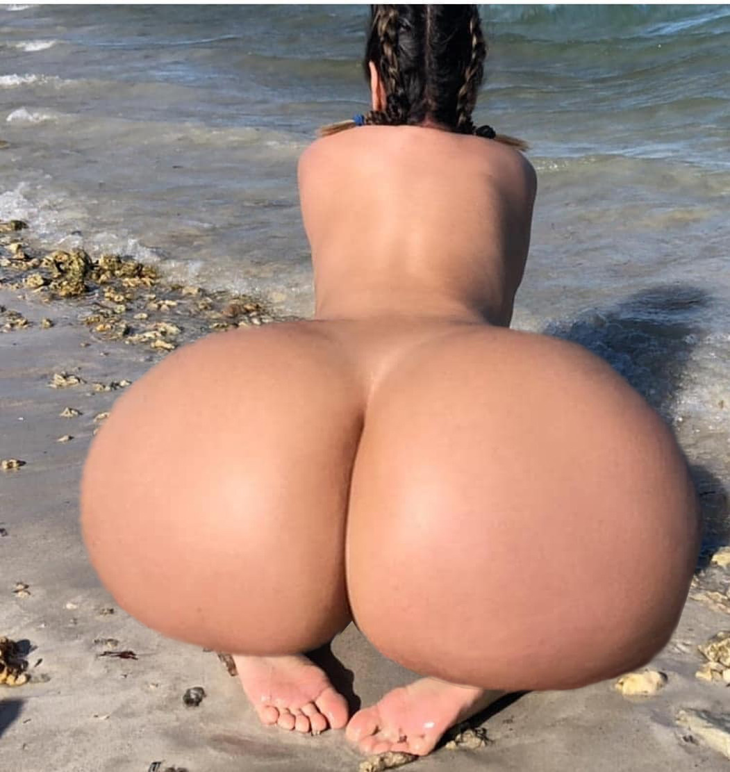 Breast And Ass Expansion Naked Girl