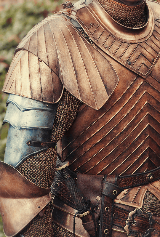 Game of Thrones +  Costume Details | ©