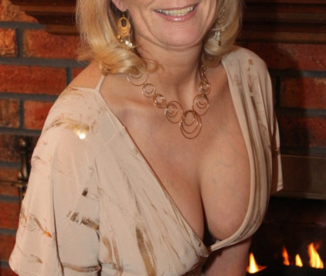Did You Know That Mature Women In Your Area Want To Have Sex With You