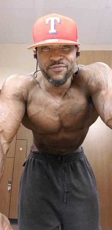 muscle men sex tumblr