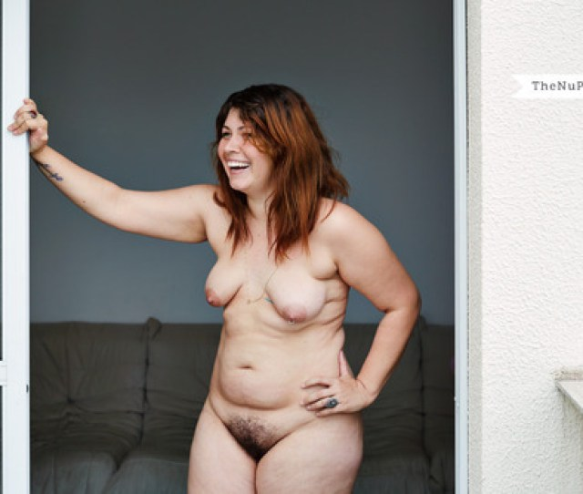 Matt Blums Photo Project Thenuproject Com Is A Series Of Naked Women From Around The World Posing In Their Homes A Friend Of Mine Brought This Project
