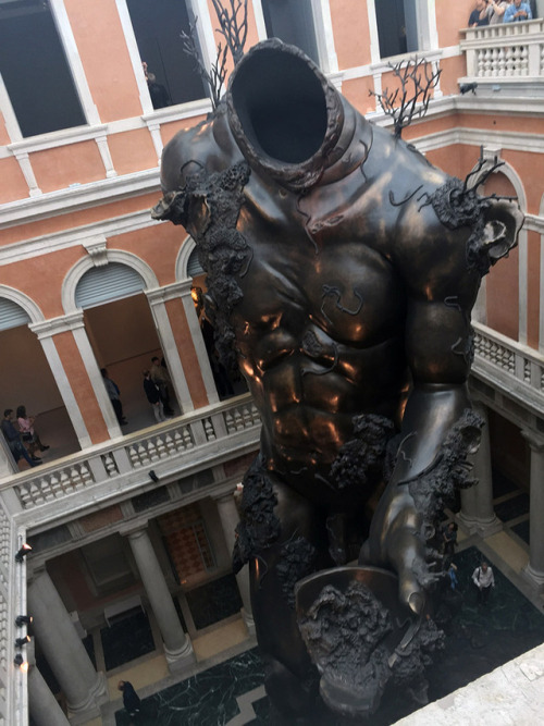 tumblr_oqrki0BY6l1qfc4xho2_500 Damien Hirst, Venice underwater fantasy exhibition, Treasures,... Contemporary