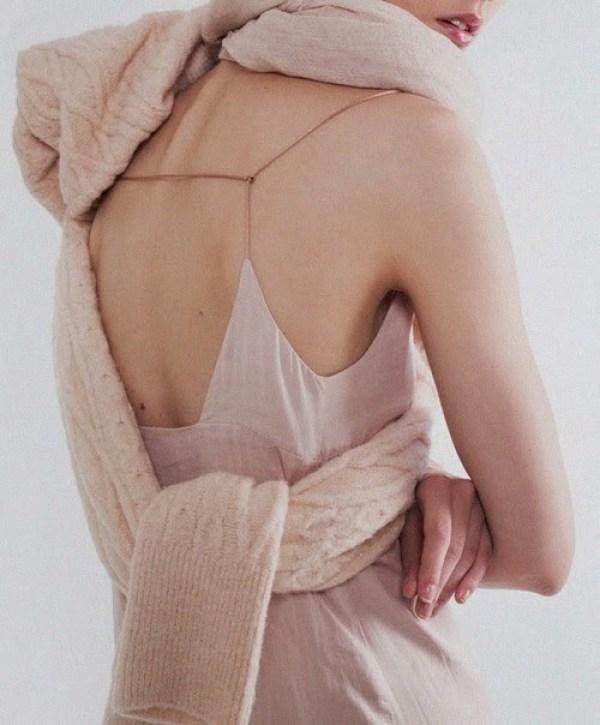 knitGrandeur: Going Nude