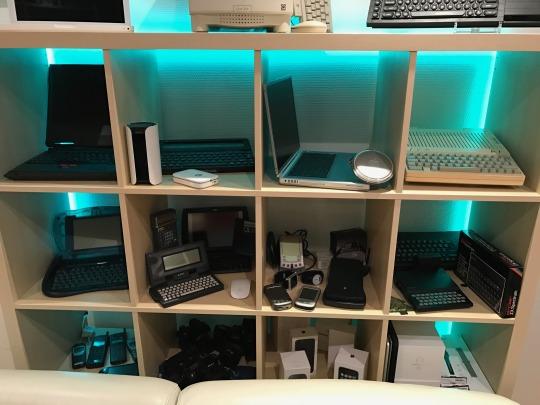 Mein Computermuseum mit Stücken der 90er Jahre