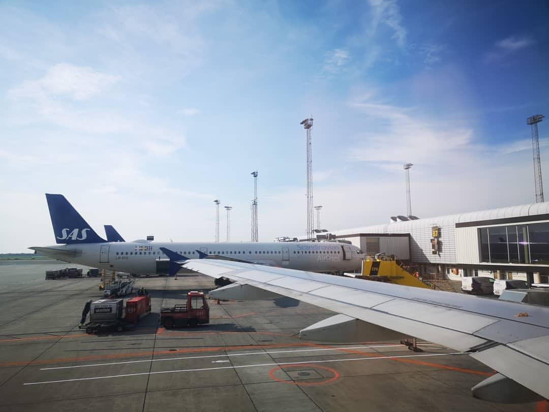 搭乗。 (Copenhagen Airport (CPH))https://www.instagram.com/p/Bn-2I3Zh6Yp/?utm_source=ig_tumblr_share&igshid=1arvmu8td6t7z