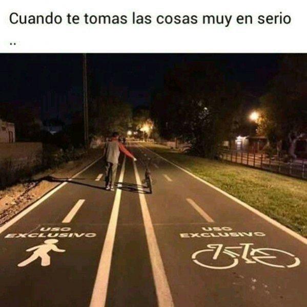 El carril bici está para respetarlo