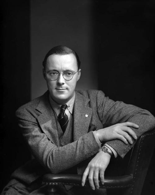 """voxsart:"""" 1942. Prince Bernhard. """""""