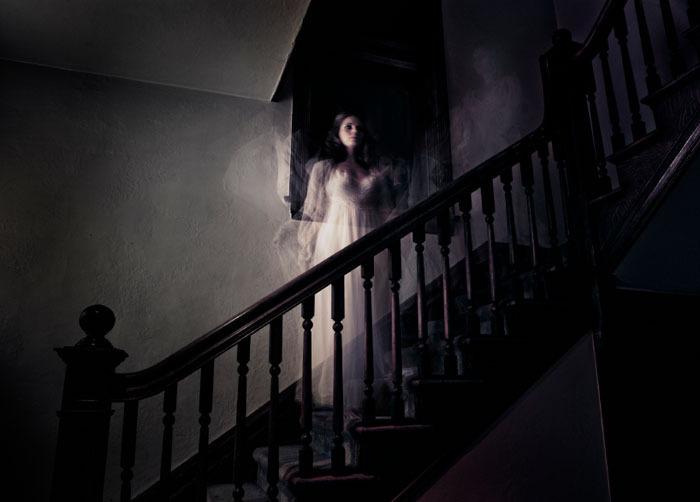 Risultati immagini per ghost haunted house