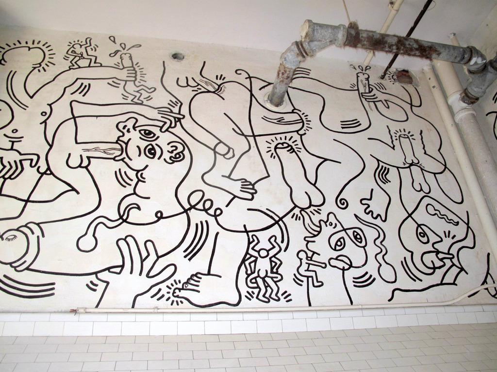 88floors: Keith Haring Bathroom Mural