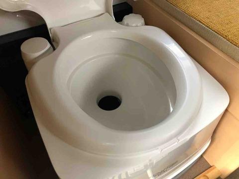 軽キャンピングカーのトイレについて