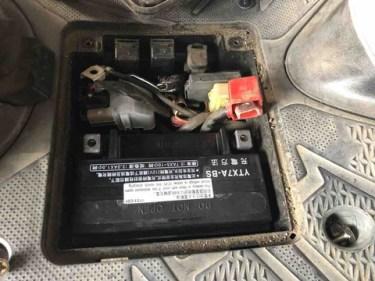 アドレスV125SのバッテリーDIY交換は超簡単!格安バッテリー交換術