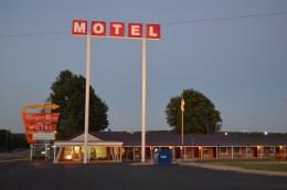 """El """"Munger Moss Motel"""" al atarceder"""