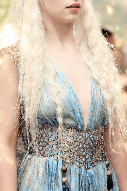 ♕ Daenerys Stormborn of House Targaryen + Costume Appreciation