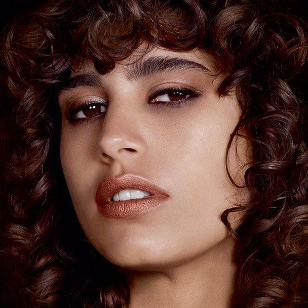 TOM FORD LIP CONTOUR DUO Fall/Winter 2016 beauty campaign starring Mica Arganaraz